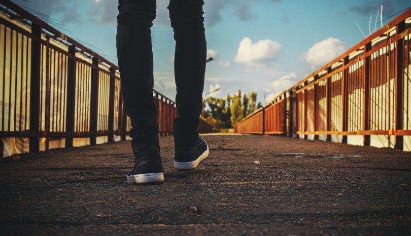 É bom andar a pé